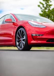 Tesla_performance